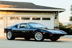 Bid for the chance to own a 1972 DeTomaso Pantera at auction with Bring a Trailer, the home of the best vintage and classic cars online. Old Classic Cars, Classic Cars Online, Pantera Car, Dream Garage, Car Show, Maserati, Sport Cars, Cool Cars, Automobile