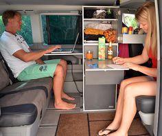 VanEssa - camping euiptment for your van - interiour moduls Diy Caravan, T3 Camper, Fort Ideas, Vw Caravelle, Chuck Box, Van Living, Campervan, Van Life, Motorhome