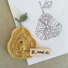 Watch The Video Splendid Crochet a Puff Flower Ideas. Phenomenal Crochet a Puff Flower Ideas. Fruits En Crochet, Marque-pages Au Crochet, Appliques Au Crochet, Crochet Mignon, Crochet Leaves, Crochet Motifs, Crochet Amigurumi, Crochet Flower Patterns, Crochet Diagram