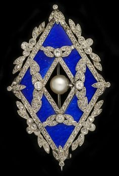 """A Belle Epoque garland style brooch by Le Saché, France. A platinum lozenge shaped brooch signed """"Le Saché"""" in garland style. Enamelled in translucent blue and set with small brilliant cut diamonds and centring an oriental pearl. #LeSache #BelleÉpoque #brooch"""