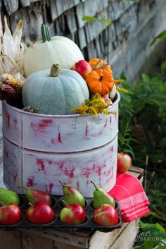 Beautiful Rustic inspired fall decorating ideas. Prep your pieces with Martha Stewart Vintage Decor Paint. Country Decor ideas
