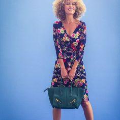 Jurk (Post-patroon)-792752 Celine Luggage, Luggage Bags, Wrap Dress, Dresses, Fashion, Fashion Styles, Vestidos, Moda, Dress