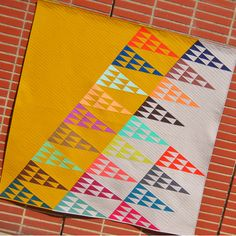 VOTE–Modern Solids, Traditional Inspiration Quilts + ENTER–Win 40 Fat Quarters from Denyse Schmidt's Next Collection, Franklin!   Sew Mama S...