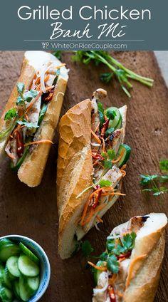 Easy Vietnamese Recipes, Vietnamese Banh Mi, Vietnamese Sandwich, Banh Mi Sandwich, Easy Salad Recipes, Asian Recipes, Healthy Recipes, Vietnamese Bread Recipe, Chicken Subs