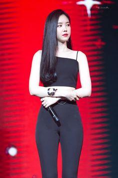 180929 naeun Apink Asia Tour in Taipei (Apinksne) Pretty Korean Girls, Cute Asian Girls, Beautiful Asian Girls, Apink Naeun, Girl Fashion, Fashion Outfits, Jennie Blackpink, Asia Girl, Ulzzang Girl
