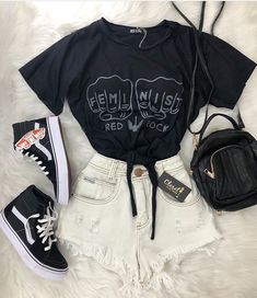 127 hipster school outfits for those sunny days – page 29 Hipster School Outfits, Teenage Outfits, Teen Fashion Outfits, Cute Casual Outfits, Cute Summer Outfits, Simple Outfits, Outfits For Teens, Stylish Outfits, Preteen Fashion