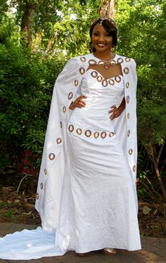 Affordable wedding gowns, maternity bridal dresses, african wedding clothing including veils and headpieces, bouquets and jewelry by TeKay Designs Couture Wedding Gowns, New Wedding Dresses, Bridal Dresses, African Wedding Dress, Traditional Wedding Dresses, White Bridal, African Attire, Mermaid Dresses, Boutique