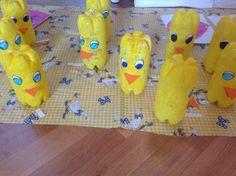 Pasqua.Riciclo bottiglie pulcini