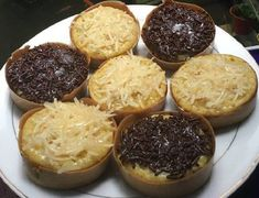 Right similar the accustomed situation, this mini martabak is also forked into 2 types. That is a fresh mini martabak or fulgent mini moon w. Indonesian Food, Indonesian Recipes, Party Snacks, Cheesecake, Muffin, Breakfast, Mini, Sweet, Desserts
