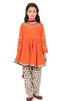 B Eid Collection Girls Dresses Sewing, Stylish Dresses For Girls, Stylish Dress Designs, Frocks For Girls, Gowns For Girls, Dresses Kids Girl, Kids Outfits, Girls Frock Design, Kids Frocks Design
