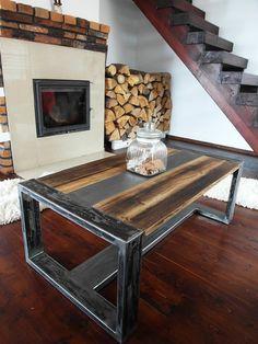 En fait à la main en acier de Style Loft & Table basse pin bois de récupération