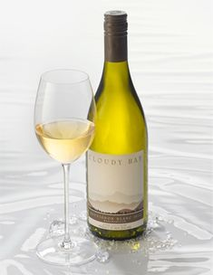 Cloudy Bay 2010 Sauvignon Blanc - Editor's Choice in Joe Czerwinski's article: New Zealand's Best White Wines - Wine Enthusiast Magazine - Web 2012