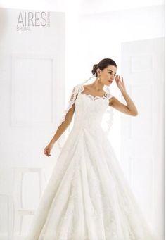 La caída de este vestido ENAMORA, encuéntralo en Expo Nupcias, Palacio de los Deportes y se la protagonista de tu propio cuento...