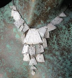 Shattered CD Necklace - What happens when you break and bake your CD? - JEWELRY AND TRINKETS