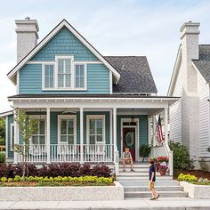 A stylish blue house sits at 1609 Prince Street in Midtown Square, Beaufort, South Carolina. I want this house! House Paint Exterior, Exterior Paint Colors, Exterior House Colors, Exterior Design, Exterior Houses, House Exteriors, Southern Architecture, Suburban House, Garage House Plans