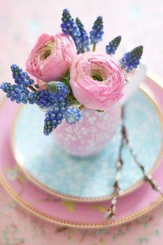 Pastel wedding - brides of adelaide magazine - wedding flowers