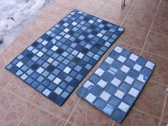 Bathroom rugs from old jeans