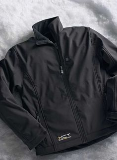 Give the gift of warmth and style this Christmas with the Men's Heated Soft Shell Jacket that features a hair-thin heating element that is easily regulated with three heat settings.