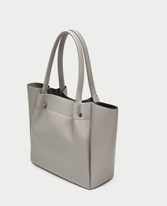 aa029fc3ff5 TOTE BAG WITH METAL APPLIQUÉ DETAIL - Essentials-BAGS-WOMAN