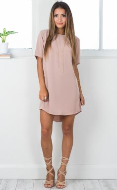 Casual Dress Ideas for Women to Look Chic Every Day ★ Beautiful Casual Dresses, Simple Dresses, Elegant Dresses, Sexy Dresses, Cute Dresses, Cute Outfits, Casual Dress Outfits, Work Dresses, Formal Dresses