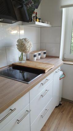 15 Greatest Inside Design Concepts for Small Kitchen - Metabes Dark Wood Kitchen Cabinets, Kitchen Cabinet Colors, Painting Kitchen Cabinets, Kitchen Tiles, Kitchen Interior, Kitchen Decor, Kitchen Living, Grey Kitchen Designs, Victorian Kitchen
