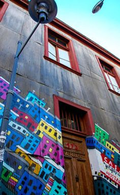 Why I Fell In Love With Valparaiso, Chile - South America Backpacker I Fall In Love, Falling In Love, Country, The Places Youll Go, Amazing Places, South America, Folk Art, The Good Place, Chili