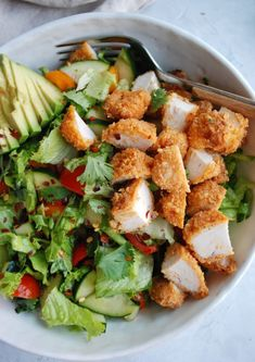 Buffalo Chicken Chopped Salad - onebalancedlife.com #choppedsalad #buffalochicken #saladrecipe Healthy Meal Prep, Healthy Snacks, Healthy Eating, Healthy Lunch Wraps, Healthy Meals With Chicken, Healthy Lunch Ideas, Healthy Food Options, Clean Eating Snacks, Chicken Recipes