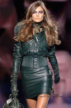 Bianca Balti - Versace