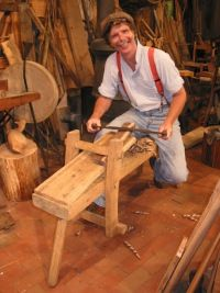 Williamsburg, Roy has been teaching traditional hand-tool woodworking ...