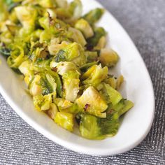 ginger lime Brussels sprouts via @ spabettie