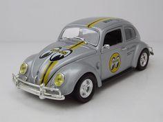 """VW Beetle Deluxe """"Mooneyes"""" 1952 silber, Modellauto 1:24 / M2 Machines"""
