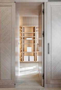 #luxury #modern #bespoke #interiordesign #furniture #living #architecture #furnishing Walk In Wardrobe, Walk In Closet, Joinery Details, Interior Architecture, Interior Design, Built In Furniture, Room Closet, Drawing Room, Modern Luxury
