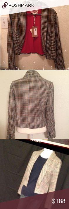 Nick & Mo Blazer Nick & Mo Queen Elizabeth Blazer 90% Polyester 10% Wool amazing blazer price is firm Jackets & Coats Blazers