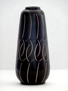 Anton Piesche Mid Century Deep Chocolate Brown & Beige Incised West German Vase II by PasterCorte on Etsy