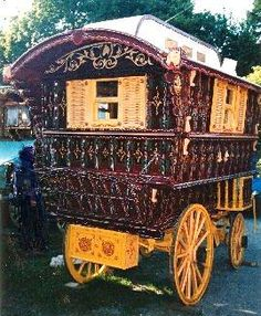 New Forest Horse Drawn Gypsy Caravans, Building and Restoration