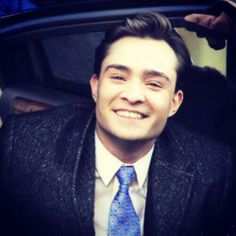 Ed Westwick as Chuck Bass.best picture in the world Gossip Girl Chuck, Gossip Girls, Gossip Girl Fashion, Blair Waldorf, The Cw, Perfect People, Beautiful People, Chuck Bass Ed Westwick, Im Chuck Bass