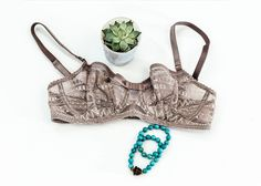 You Just Might Be Wearing the Wrong Bra Size... | Journelle