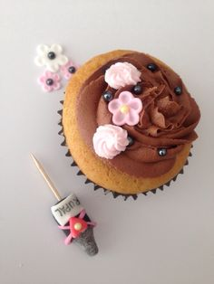 Cupcake for bridal shower