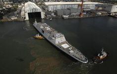 À Lorient, le programme de frégate de taille intermédiaire prendra le relais du programme Fremm. (Photo : DCNS) La première frégate de taille intermédiaire livrée en 2023 le 20/05/2015 Le programme de frégate de taille intermédiaire (FTI) pour la Marine nationale va être anticipé « avec un objectif d'une première livraison en 2023 ». Cette décision figure dans l'actualisation de la loi de programmation militaire entérinée le mercredi 20 mai en conseil des ministres.