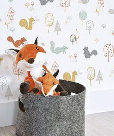 Baby wallpaper room rugs Ideas for 2019 Kids Room Wallpaper, Nursery Wallpaper, Wood Wallpaper, Forest Wallpaper, Animal Wallpaper, Baby Boy Rooms, Baby Bedroom, Casa Kids, Interior Wallpaper