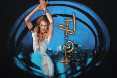 Taylor Swift Concert T-Shirt Speak Now World Tour 2011 Adult Medium EUC Black #Gildan #GraphicTee