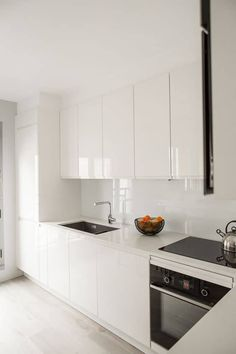 Home Design Living Room, Kitchen Room Design, Modern Kitchen Design, Home Decor Kitchen, Interior Design Kitchen, Small Kitchen Remodel Cost, Kitchen Cabinets Home Depot, White Kitchen Inspiration, Contemporary Kitchen Cabinets