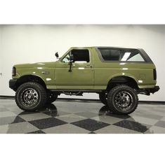 Ford Trucks For Sale, Ford Bronco For Sale, Ford Pickup Trucks, Car Ford, Chevy Trucks, Ford Bronco 1996, Old Bronco, 1973 Mustang, Van