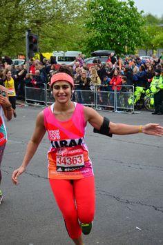 Por qué una joven que estaba menstruando corrió el maratón de Londres sin tampón | El Viralero - Yahoo Noticias