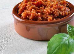 Tomatpesto Tapas, Pesto, Macaroni And Cheese, Chili, Dressing, Soup, Yummy Food, Dessert, Ethnic Recipes