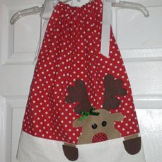 Cute reindeer dress! For when I have a girl... Christmas Sewing, Christmas Love, Christmas Clothes, Baby Couture, Granddaughters, Grandchildren, Little Girl Dresses, Sewing For Kids, Sewing Projects