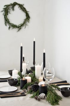 decorations a scandinavian inspired christmas table setting A scandinavian christmas tablescape Centerpiece Christmas, Christmas Table Settings, Christmas Tablescapes, Christmas Table Decorations, Decoration Table, Handmade Decorations, Holiday Tablescape, Centerpiece Decorations, Noel Christmas