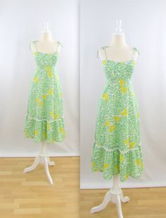 Vintage 1970s Hawaiian Butterfly Summer Dress by TwoMoxie #Vintage #1970s
