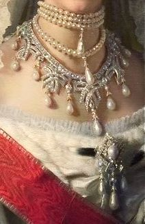 Marie Feodorovna's Wave necklace, probably, by Cartier. It is often said this necklace could be converted into a tiara but actually this necklace and tiara were definitely two separate jewels. In the famous photograph made by the Soviets for inventory pur