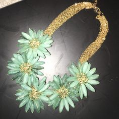 *BOGO* Statement necklace Gorgeous statement necklace. Used to sell these like crazy on eBay, couldn't keep them in stock. I have a few left. They are definitely conversation pieces! Jewelry Necklaces